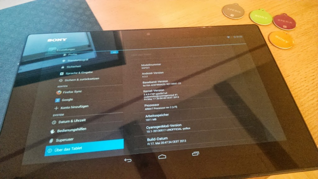 RUNNING LIVE CyanogenMod10.1 Android 4.2.2 support for Xperia Z Tablet